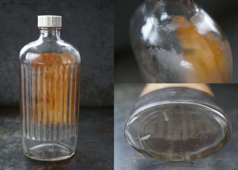 画像4: ENGLAND antique イギリスアンティーク ラベル・キャップ付き ガラスボトル H17cm ガラス瓶 1950's