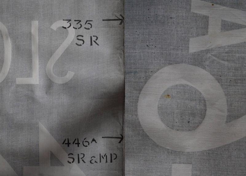 画像4: 【RARE】ENGLAND antique BUS ROLL SIGN 1975's イギリスアンティーク バスサイン H120.3xW91cm ヴィンテージ バスロールサイン 行先回転案内標示