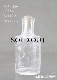 ENGLAND antique イギリスアンティーク 筆記体ロゴが素敵な【Boots】 コルク栓付き ガラスボトル H10.5cm ガラス瓶 1920's
