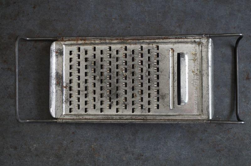 画像4: ENGLAND antique イギリスアンティーク Tala チーズグレーター おろし器 1940-60's