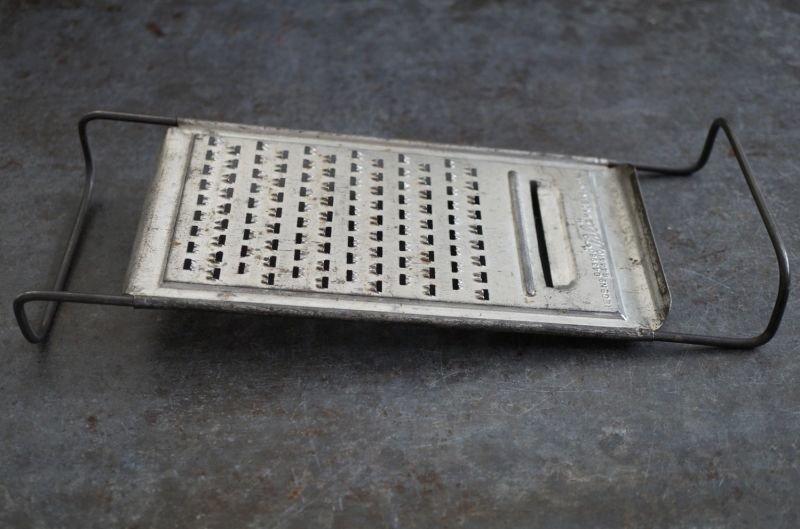 画像5: ENGLAND antique イギリスアンティーク Tala チーズグレーター おろし器 1940-60's