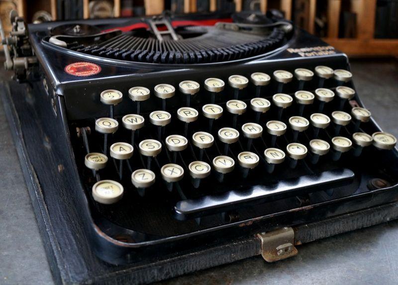 U.S.A. antique Remmington Type...